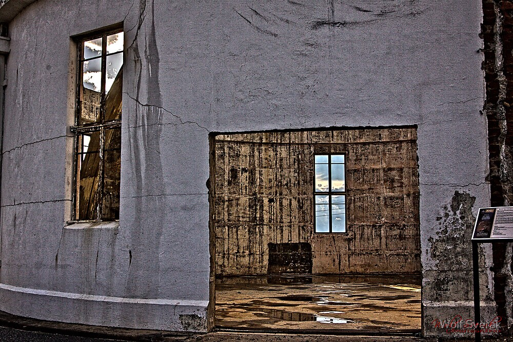 The Burnt Out Canberra Observatory by Wolf Sverak