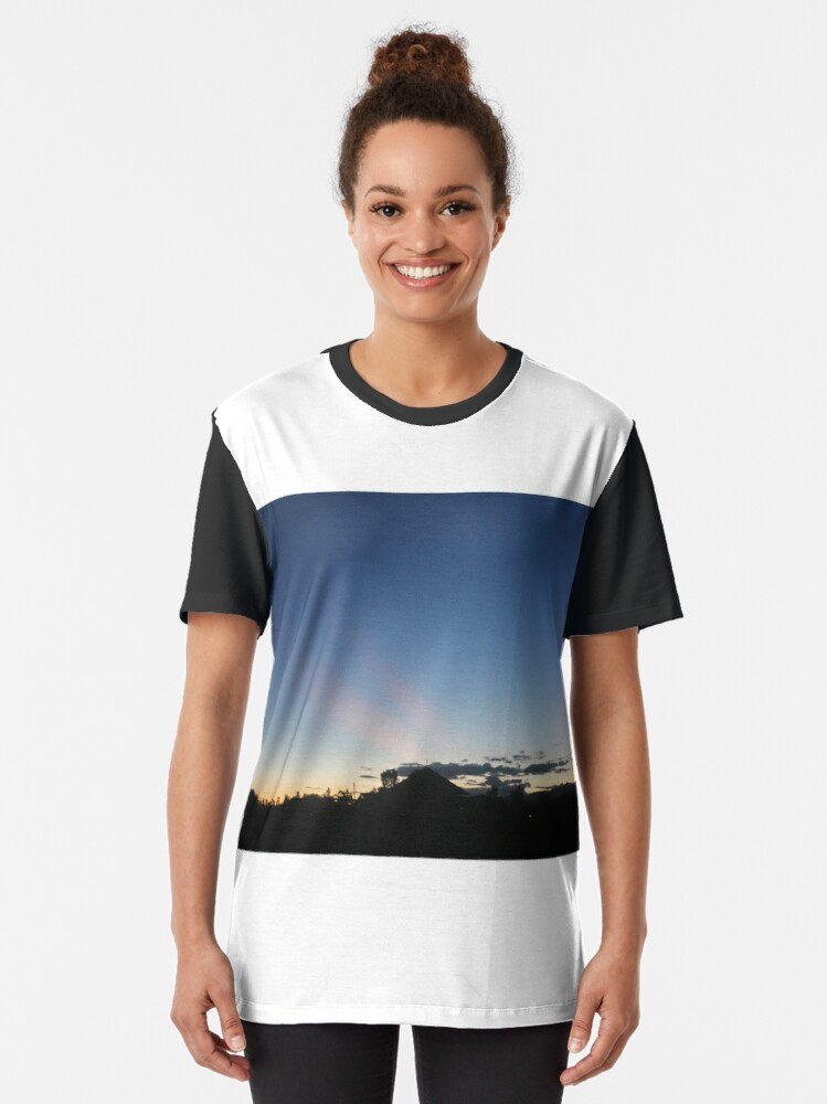 Alternate view of Sunset Blues Graphic T-Shirt