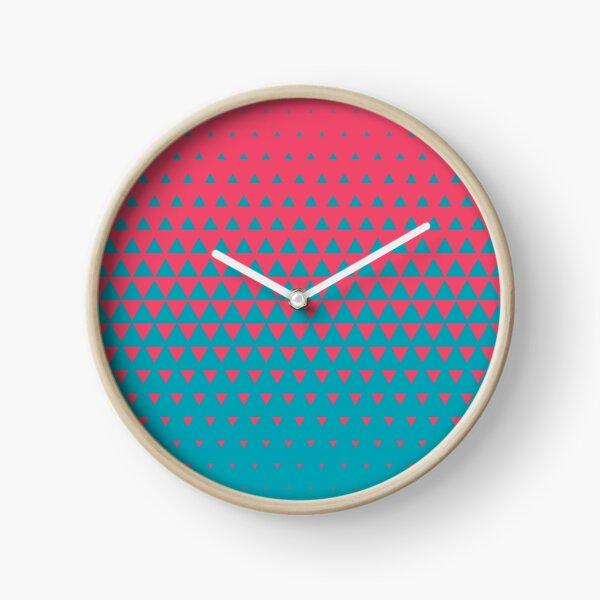 Triangle Fade 1 Clock