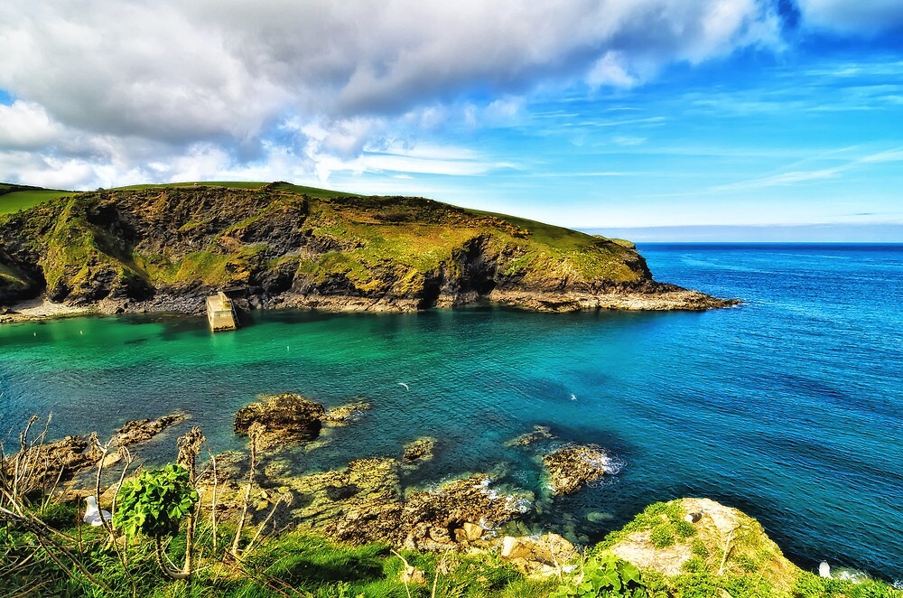 Entrance to Port Isaac by MaclarenPhoto
