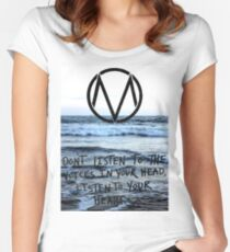 The Maine take a trip to the seaside Women's Fitted Scoop T-Shirt