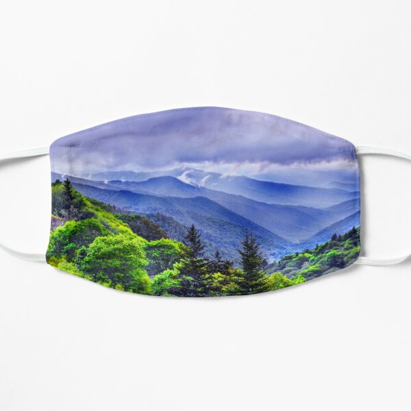 The Mountains Of Great Smoky Mountains National Park  Flat Mask