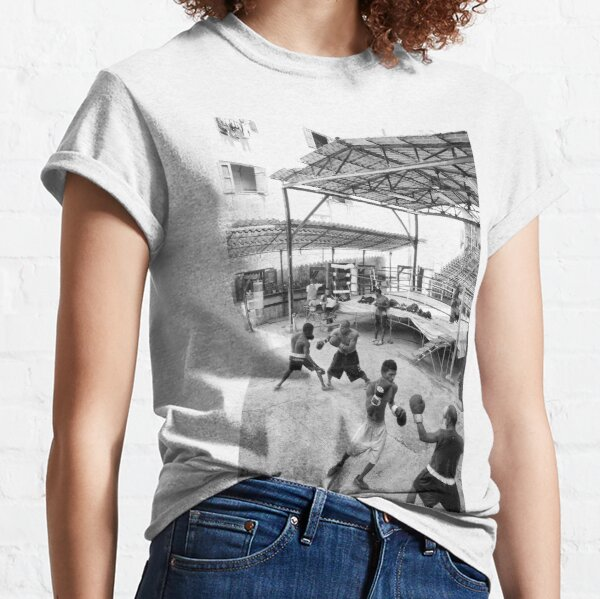 Boxcamp in Havanna, Kuba Classic T-Shirt