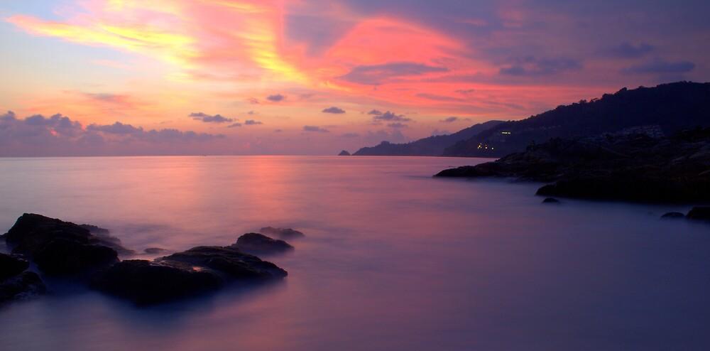 Patong Beach Thailand. by Tinglis