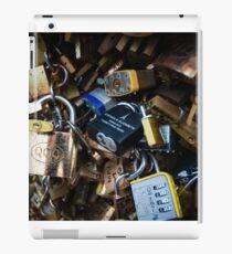 Love Locks at Pont des Arts iPad-Hülle & Klebefolie