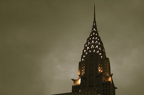 Chrysler building at twilight by gray79