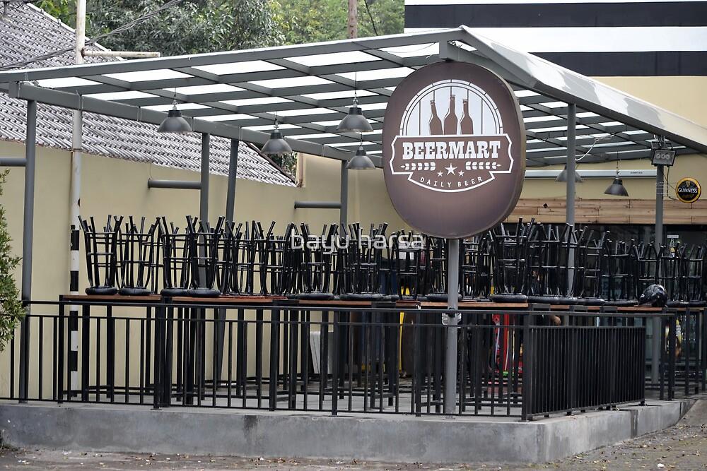 beer market cafe by bayu harsa