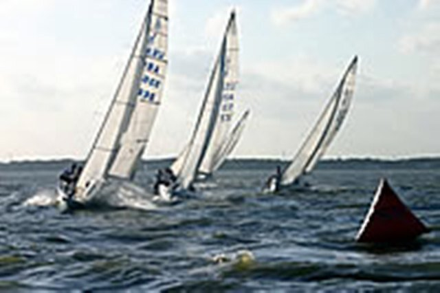 J/80 and J/105 Racing by bsailing