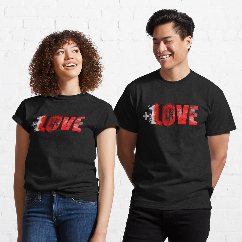+1 LOVE scattered Classic T-Shirt