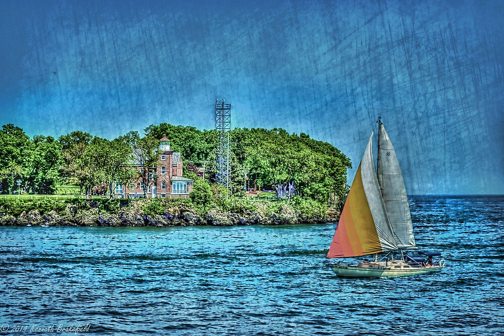 Put in bay lighthouse by kenbrakefield
