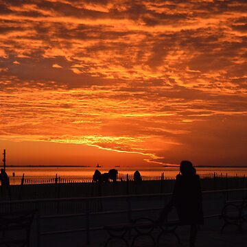 Sunset at Brighton Beach - Brooklyn, NY by mindofAR