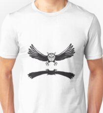 Fly OWL spread hunt T-Shirt