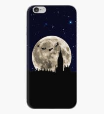 Over The Moon iPhone-Hülle & Cover