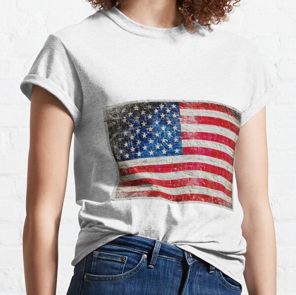 Distressed American Flag On Old Brick Wall - Horizontal Classic T-Shirt
