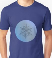 Majestic crystal, real snowflake macro photo Unisex T-Shirt