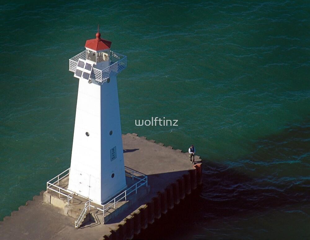 Sodus Bay Channel Light by wolftinz