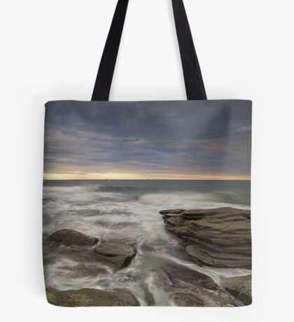 Sunrays at dawn Tote Bag