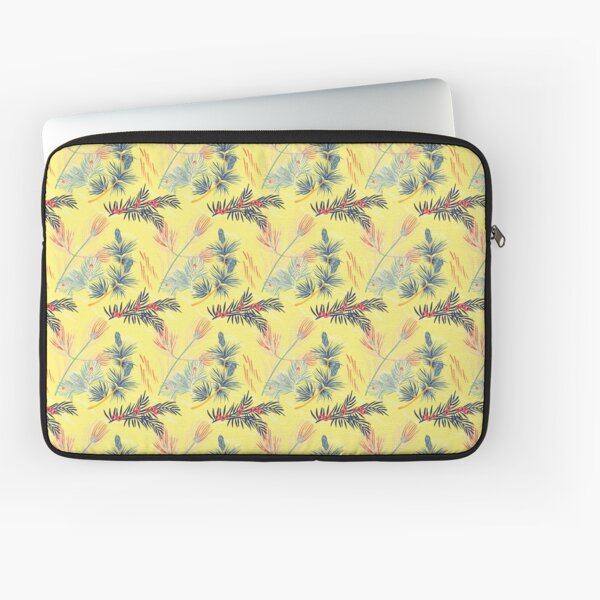 Pine and berries Laptop Sleeve