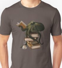Well-Read Octopus Unisex T-Shirt