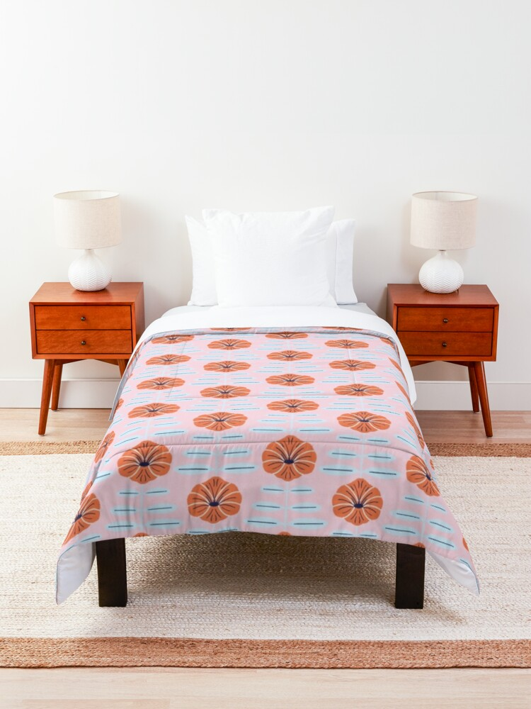 Alternate view of Pink poppies Comforter