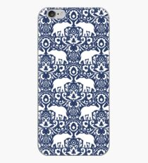 Elephant Damask Indigo iPhone-Hülle & Cover