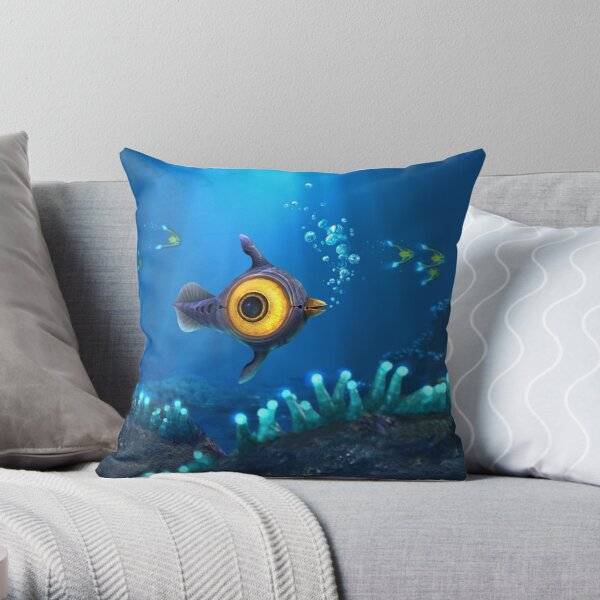Peeper  Throw Pillow