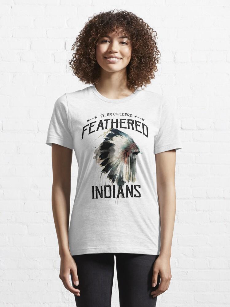 T-shirt essentiel ''Indiens à plumes de Tyler Childers': autre vue
