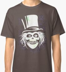 HATBOX GHOST WITH GRUNGY HAUNTED MANSION WALLPAPER Classic T-Shirt