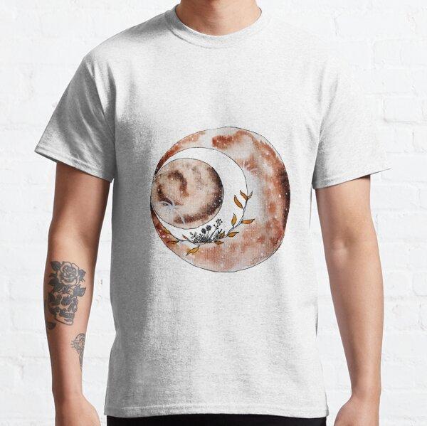Restful moon Classic T-Shirt