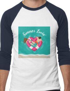 Summer lovin couple in heart shaped inner tube Men's Baseball ¾ T-Shirt