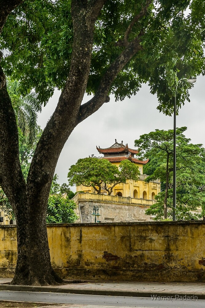 Đoan Môn Gate by Werner Padarin