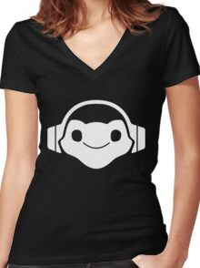 Lucio music Women's Fitted V-Neck T-Shirt