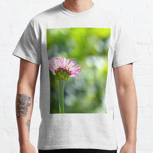 New Pink Zinnia Classic T-Shirt