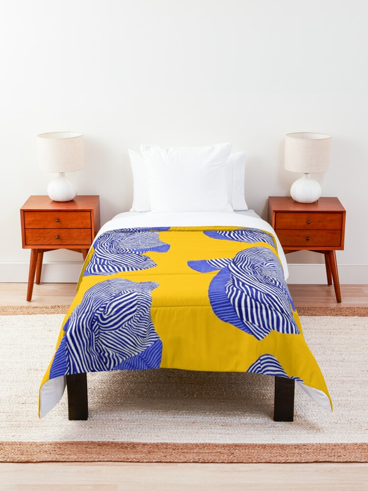 Alternate view of Sweet Old Sweater Comforter