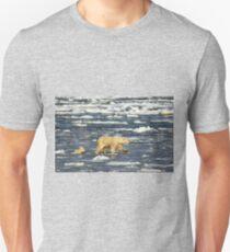 Polar Bears: Mother & Cub Struggling in Hudson Bay, Canada  Unisex T-Shirt