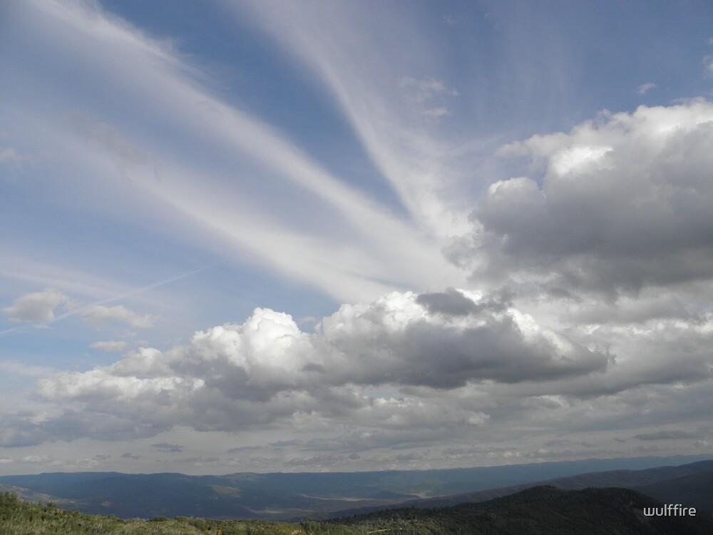 Sky Beams by wulffire