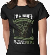I'm A Hunter The Master Of Survival - Wow Women's Fitted T-Shirt