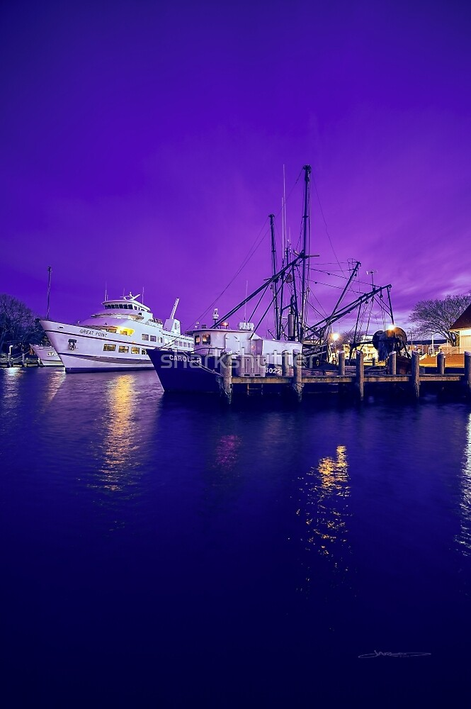 Hyannis Harbor Night lights, Cape Cod by sharkshutter