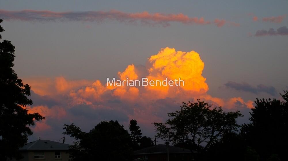 Cloud train by MarianBendeth