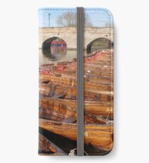 row of rowers iPhone Wallet