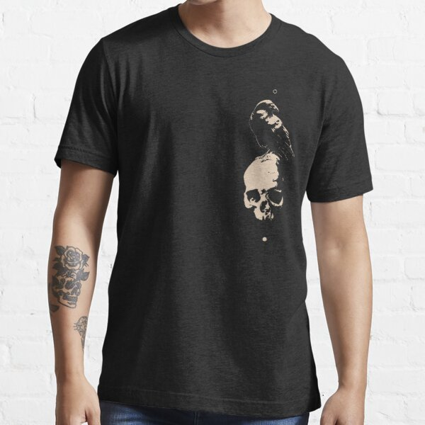 crow on skull Essential T-Shirt