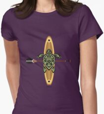 Black & Green Tribal Turtle Stand-Up Wave Rider / Maui Womens Fitted T-Shirt
