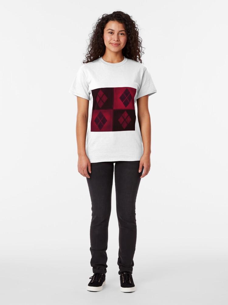 Alternative Ansicht von Patchwork Red & Black Leder Effekt Motley mit Diamant Patches 3 Classic T-Shirt