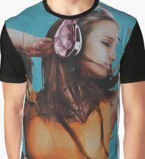 the music girl Graphic T-Shirt