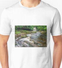 West Burton Falls Yorkshire Dales Unisex T-Shirt