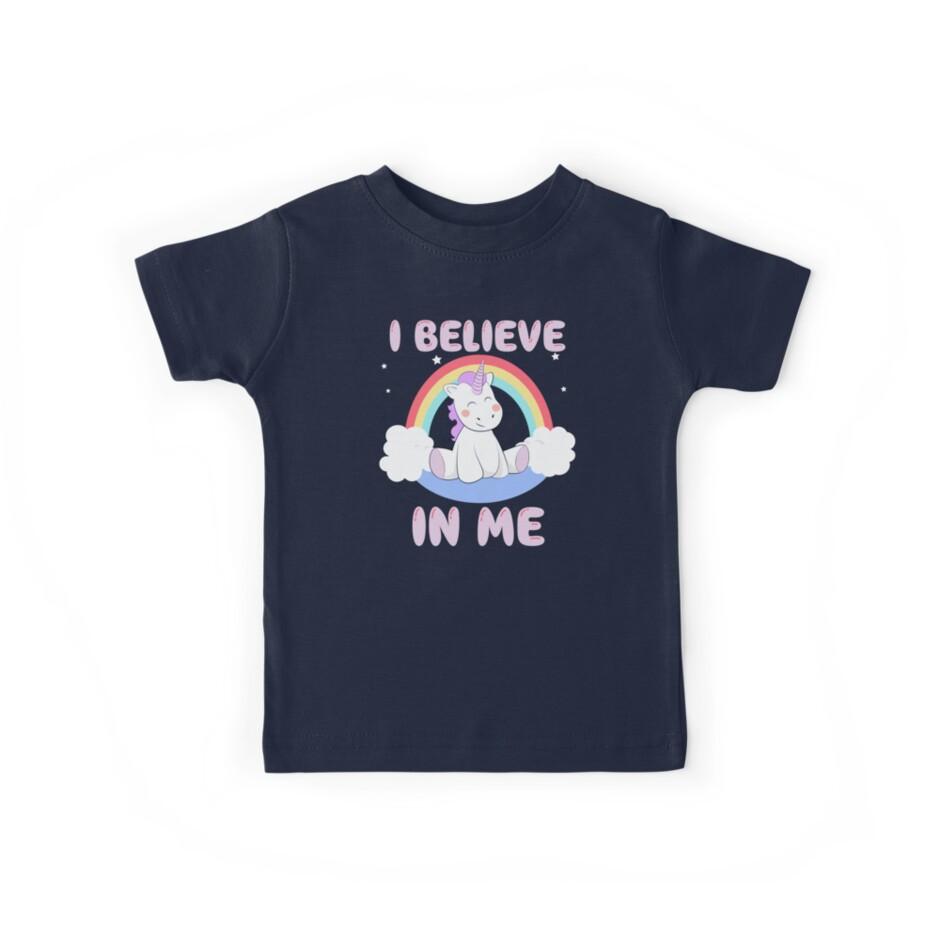 Niedliches Einhorn glaube ich an ich T-Shirt von bitsnbobs