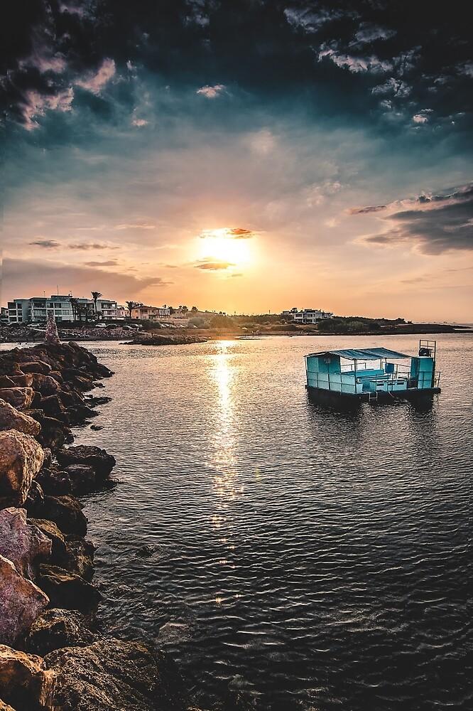 Blue House sunset by alkalloyd