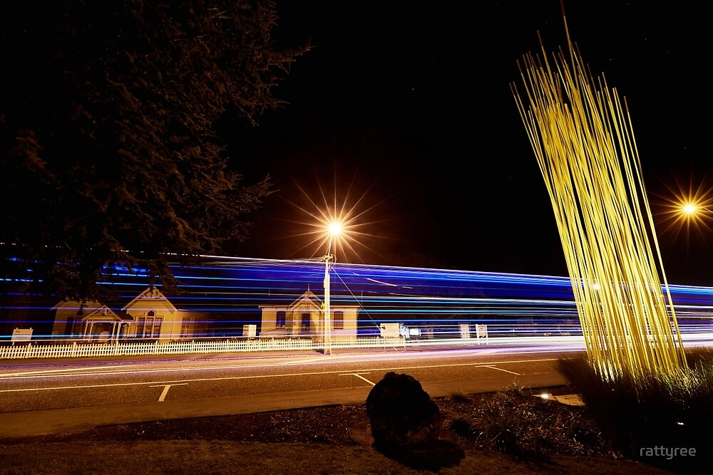 Featherston at Night by rattyree