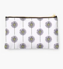 Aster Studio Pouch