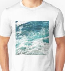 Blue Ocean Waves  T-Shirt